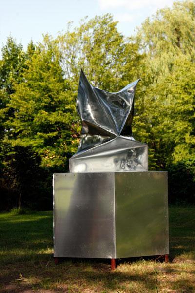 http://www.jimmydahlberg.se/files/gimgs/1_2-europeansculpturepark-jimmydahlberg.jpg